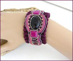 purple knit Amethyst stone bracelet Bracelet-Manchette Amethyst Stone, Stone Bracelet, Violet, Apple Watch, Bracelets, Knitting, Purple, Crochet, Etsy