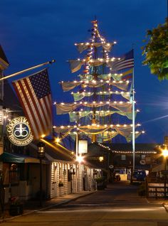 4. Newport, Rhode Island | Best Attractions, Dining, and Lodging