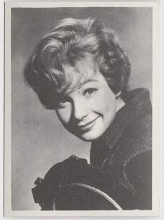 Shirley MacLaine 1959 MGM Film Stars Trading Card from Italy #66 ASK ANY GIRL Shirley Maclaine, Trading Cards, Actors & Actresses, Italy, Goddesses, Hollywood, Vintage, Products, Fashion