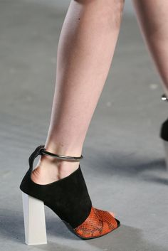 Proenza Schouler Spring 2015 Ready-to-Wear - Details - Gallery - Look 52 - Style.com
