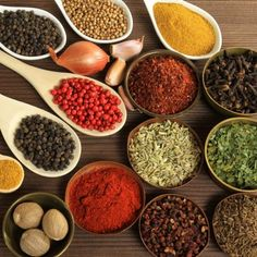 I'm Just Mad About Saffron (& other kitchen spices that activate the endocannabinoid system) Aromatic Herbs, Medicinal Herbs, Saffron Extract, Saffron Crocus, Online Dating Advice, Endocannabinoid System, Make A Person, Spice Mixes, Healthy Relationships