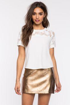 Блуза Размеры: S, M, L Цвет: белый, черный Цена: 1353 руб.     #одежда #женщинам #блузы #коопт