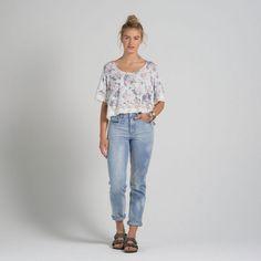 Womens A&F Allie Boyfriend High Rise Jeans | Womens Now Trending | Abercrombie.com