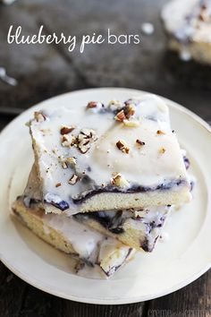 blueberry pie bars quick and easy bars with a blueberry pie filling ...