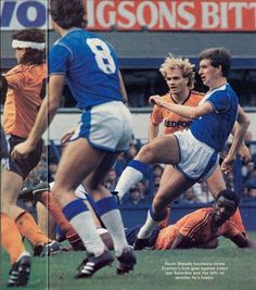 Everton 2 Luton Town 0 in Sept 1985 at Goodison Park. Kevin Sheedy scores for Everton in this Division 1 clash.