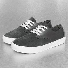 0c8f9f3542b7 Globe Motley LYT Charcoal  White · Globe ShoesShoes 2017Skate ...