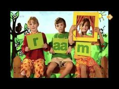Woordjes met letters 4 Year Old Girl, 2 Letter, Music For Kids, 4 Year Olds, Kindergarten, Preschool, Family Guy, Education, Math