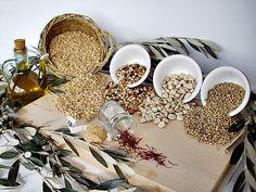 L'Umbria e i prodotti della sua terra I sapori di una terra, farro, lenticchie, cicerchie, fagiolina del lago, zafferano e olio, ingredienti tipici della cucina povera umbra, ma ricca di sapori e tradizioni. PER VOTARE QUESTA FOTO http://www.dallapianta.it/blog/wp-content/plugins/wp-photocontest/viewimg.php?post_id=505_id=100