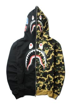 62bdc7b7af0 Bape Camo shark hoodie pink US Size Medium in 2019