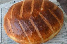 Paine cu cartofi coapta in oala reteta ardeleneasca   Savori Urbane Good Food, Yummy Food, Pita Bread, Doughnuts, Bread Baking, Bread Recipes, Bacon, Bakery, Food And Drink