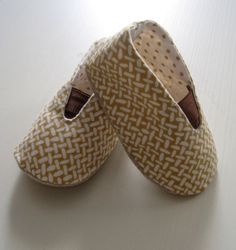 Baby Snug Shoes Pdf Sewing Pattern INSTANT by LittleMelaDesign
