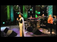 George Duke Band & Rachelle Ferrell- Waiting  Rest     in Peace Mr. Dukes...You will be remembered..