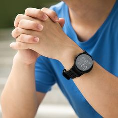 Redesigned and re-engineered to help you stand out from the crowd and stay healthy, active and connected. Smartwatch, Apple Technology, Best Smart Watches, How To Stay Healthy, Crowd, Black, Fashion, Smart Watch, Moda