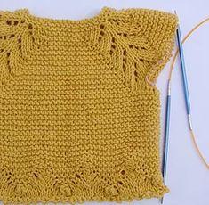 tutorial puntomoderno.com Kids Knitting Patterns, Baby Sweater Knitting Pattern, Knitting For Kids, Baby Cardigan, Baby Sweaters, Crochet Top, Free Pattern, Fashion Dresses, Tops