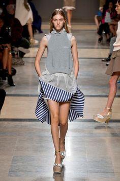 Défilé Sacai, prêt-à-porter printemps-été 2014, Paris. #PFW #fashionweek #runway