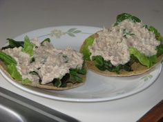"""I was hungry for some tuna salad one day a while back, so I mixed some tuna up with some fat free mayonnaise (that would make this lunch a """"Fuel Pull""""). I then cut apart a Joseph's pita bread and microwaved them to crisp them up. Trim Healthy Mama Plan, Trim Healthy Recipes, Thm Recipes, Cream Recipes, Quesadillas, Enchiladas, Burritos, Nachos, Sugar Free Eating"""