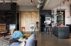 Гостиная, холл в цветах: черный, серый, светло-серый, коричневый, бежевый. Гостиная, холл в стиле лофт.