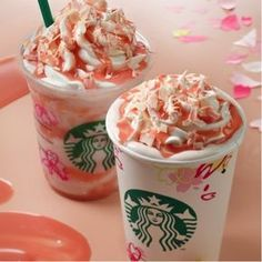 Discover incredible secret Starbucks menu drinks that you need to try immediately! Starbucks has a c Menu Secreto Starbucks, Bebidas Do Starbucks, Secret Starbucks Drinks, Starbucks Secret Menu Drinks, Starbucks Recipes, Coffee Recipes, Starbucks Flavors, Starbucks Food, Starbucks Caramel
