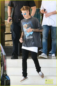 I want my son to dress like Justin. Or I could just get him to dress his son for him ;) if you know what I mean