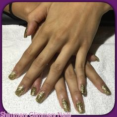 Med. Acrylic nails Gold glitters Acrylic 1 color