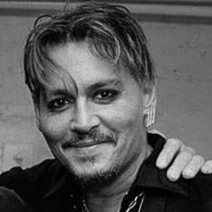 Johnny Depp you're gorgeous!