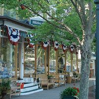 Hildreth's  home goods  51 Main Street  Southampton, NY 11968  Tel. 1.800.462.1842  hildreths.com