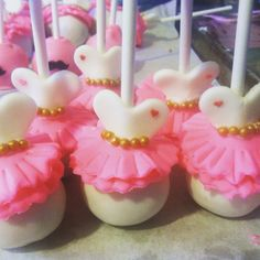 Tutu cake pops (made by Sarah Delights)