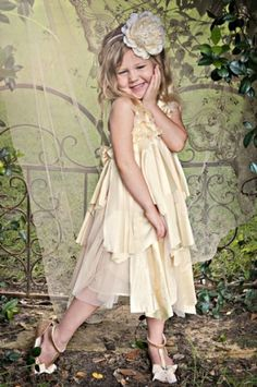 7d3344dab533 39 Best flower girl images