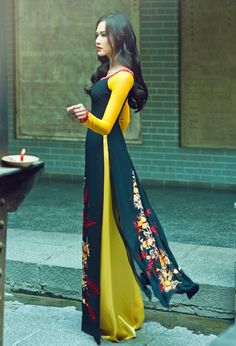 Thuan Viet showcases manually embroidered ao dai in Japan — Vietnam Breaking News