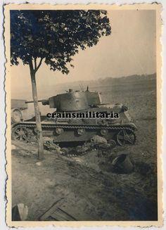 Orig. Foto polnische Beute Panzer 7TP Tank b. DZIALOSZYN Warthe Polen 1939