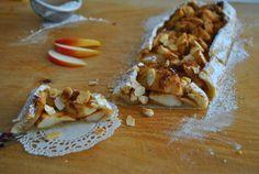 Diétás túrós pite - Reggelire is mehet!   Recept Guru Cannoli, Tart, French Toast, Deserts, Low Carb, Pie, Breakfast, Ethnic Recipes, Food