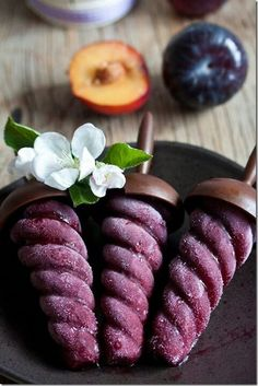 Plum sorbet & red wine pops