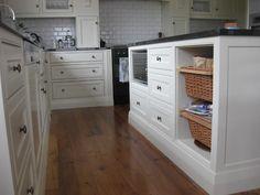 NZ Villa Kitchen Cupboard