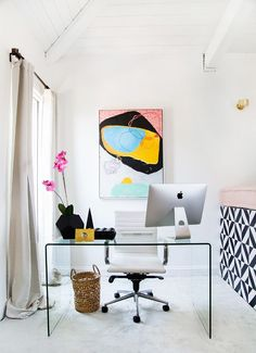 This Is How a Successful Actress Decorates Her L.A. Guest House   MyDomaine