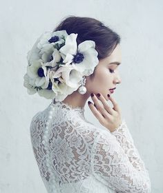 Bridal beauty - Hair & make Bridal Beauty Hatsuko Endo weddings Wedding Accessories For Bride, Bridal Accessories, Bridal Beauty, Bridal Hair, Wedding Headdress, Make Up Braut, Wedding Girl, Bridal Photoshoot, Floral Hair