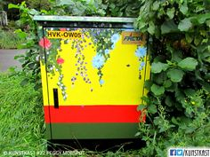kunstkast van peggy moespot Urban Street Art, Box Art, Holland, Van, Painting, Dutch Netherlands, Vans, Painting Art, Netherlands