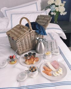 on a rainy day - picnic in bed (english muffin?)