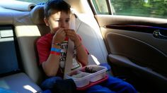 Snacks packed in #EasyLunchboxes for a family road trip!