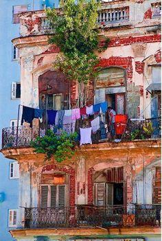 cuba, Havana, Via :http://www.pinterest.com/pin/468374429967288898/ Source :http://jj-tryskel.hautetfort.com/index-7.html