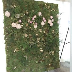 Moss flower wall created for the knot event in Dallas. Constructed with www.floralmechanics.com designed by www.lizziebeesflowershoppe.com Ceremony Decorations, Flower Wall, Four Square, Dallas, Knot, Create, Flowers, Plants, Design