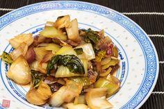 Serpenyős pak choi – Phoenix Wolf Konyhája Pak Choi, Izu, Okra, Pasta Salad, Sprouts, Potato Salad, Potatoes, Vegetables, Ethnic Recipes