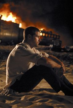 Matthew Fox in Lost Serie Lost, Lets Get Lost, Im Lost, Science Fiction, Lost Tv Show, Matthew Fox, Sci Fi Series, In Another Life, Evangeline Lilly
