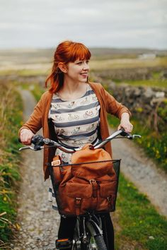 The Clothes Horse: Aran Isles Female Character Inspiration, Style Inspiration, Writing Inspiration, Moda Vintage, Clothes Horse, Female Characters, Ginger Hair, Redheads, Red Hair