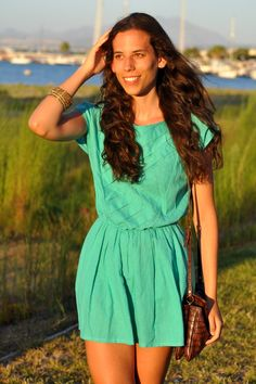 Summer Paradise -  Perfect blue vintage dress for a summer look