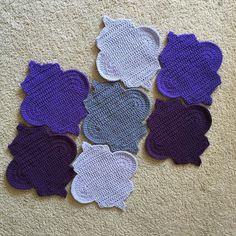 Loving these colors!  #crochet #crochetblanket #unique #blanket #throwblanket #crochetersofinstagram #crochetthrow #etsy #etsyseller #bigtwistyarn #joanns #etsyfinds #photographyprop #propblanket #photoprop #handmade #handmadewithlove #trellis #makersgonnamake #twinmama #workathomemom #ilovemyjob #tcsimplychic #cypresstextiles #trellisandchevronblanket @cypresstextiles @tcsimplychic by tcsimplychic