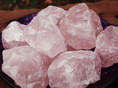 #rosequartz Rough #crystals #gemstones #gemstonepoints #roughstones #rawgemstones #meditate balanced your #chakras #meditation #chakra #yoga #yogi #minerals #specimen #selenite #wand #healingcrystals #healingstones #healinggemsto