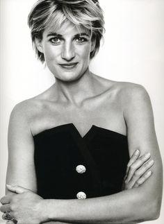 Принцесса Диана (Princess Diana) в фотосессии Марио Тестино (Mario Testino) в Кенгсингтонском дворце, фотография 8