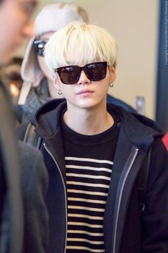 Image discovered by MIMI. Find images and videos about bts, bangtan boys and suga on We Heart It - the app to get lost in what you love. Min Yoongi Bts, Min Suga, Bts Jimin, Suga Suga, Agust D, Foto Bts, Bts Photo, Bts Airport, Bts Chibi