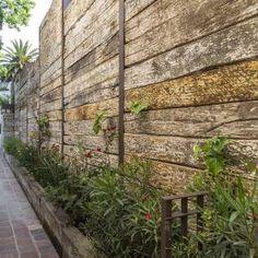 Jardín : Rustic style garden by MARIANGEL COGHLAN