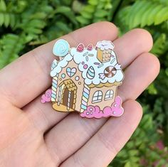 art, enamel pins, patches and accessories designed for cute enthusiasts! Pins Diy, Bag Pins, Cool Pins, Pin And Patches, Disney Pins, Pin Badges, Witch House, Lapel Pins, Stickers